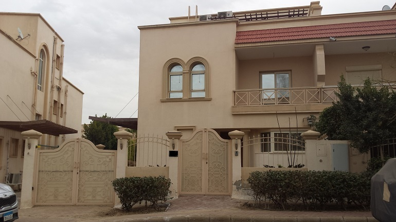 Greens Compound Vila For Rent In